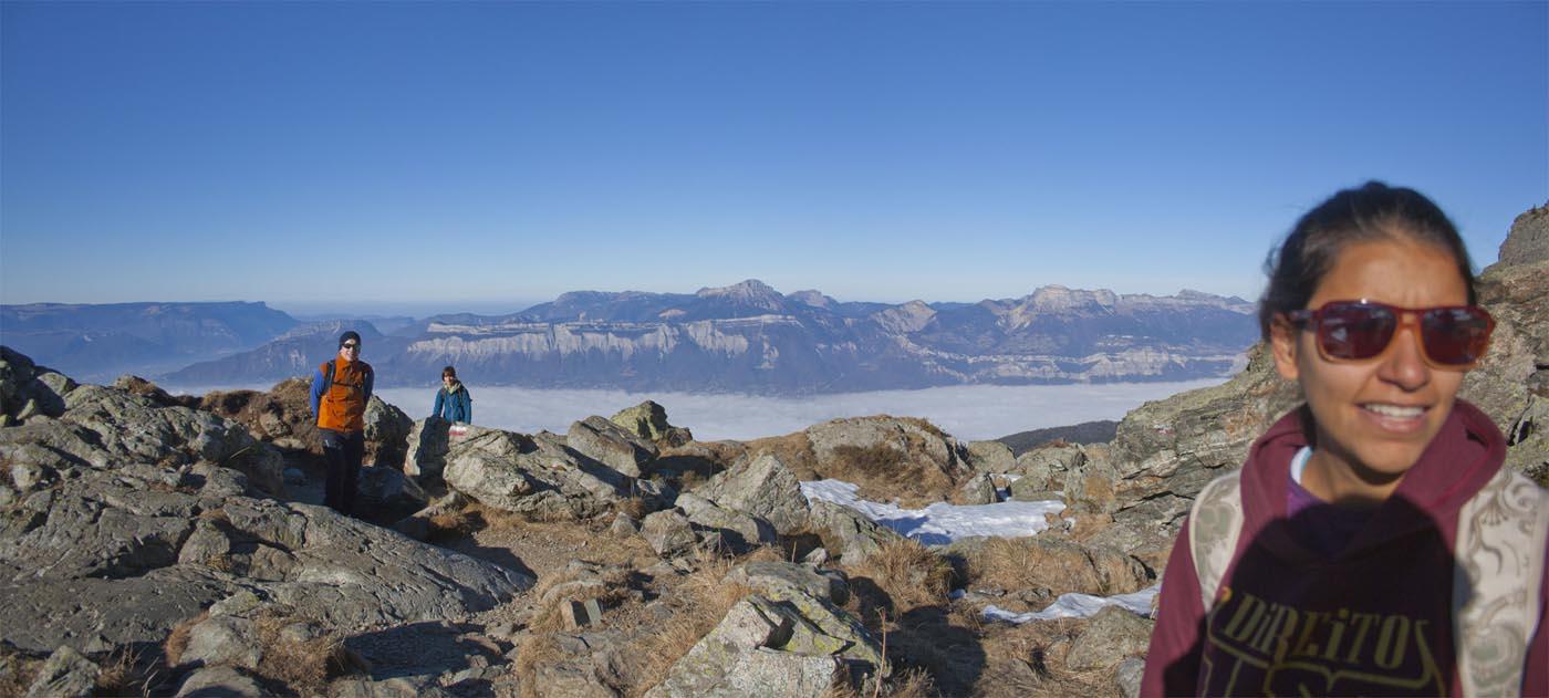 Photo panoramique de montagne depuis l'ascension du lac du Crozet, Belledone, Grenoble